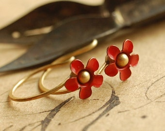 dainty red flower earrings, daisy jewelry, enamel flowers, small red flowers - petit fleurs
