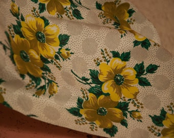 Stunning Big Bloom Cottage Floral  - Vintage Fabric 34 inches wide 40s New Old Stock
