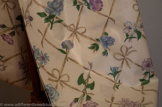 Charming Shabby Cottage Floral  - Vintage Fabric 36 inches wide 50s New Old Stock
