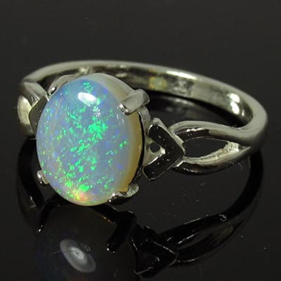 Natural Opal 1.89 carats Handset in .925 Sterling Silver Ring