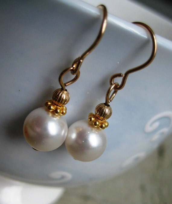 Pearl Earrings, Dangle Earrings, Gold, Pearl Drop, Bridal Jewelry, Formal, Gift for Her, Confirmation Gift, Prom Earrings, White Pearl