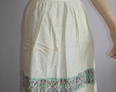 Green Dots Purple Dutch People 1950's Apron