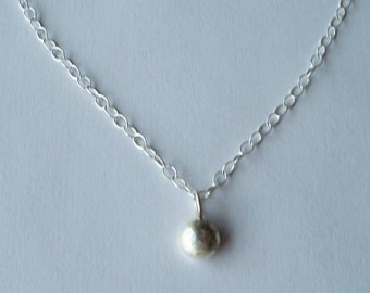 Fine silver pebble pendant necklace