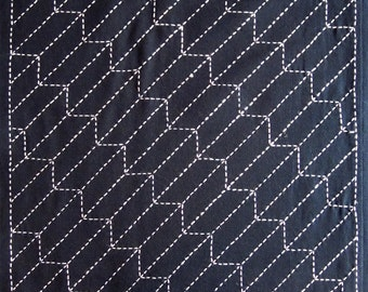 Japanese sashiko fabric - Yabane (Arrow) panel number 209