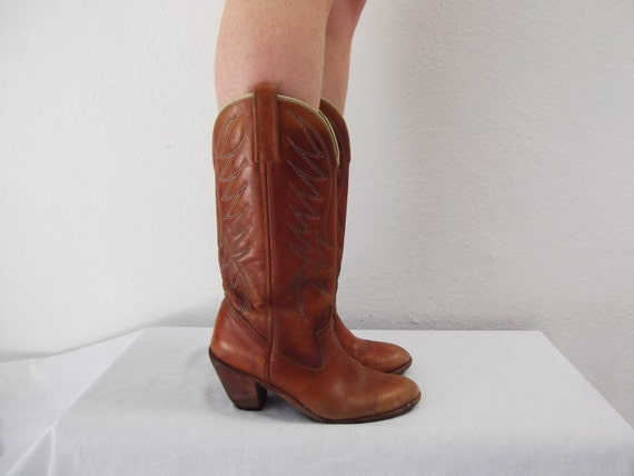 RESERVED for Celeste Roby //  leather cowboy boots - boho cowboy boots - 7