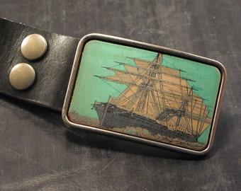 Mens nautical belt buckle. Ship. Vintage. Leather. Belts.