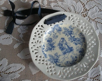 Victorian Couple Display Plate for Wall Hanging in Toile Blue Cottage Shabby Chic