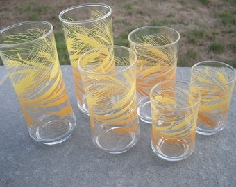 FREE Shipping Vintage  Matching Libbey Autumn Wheat Drinking Glasses Set of 2 in 3 Sizes