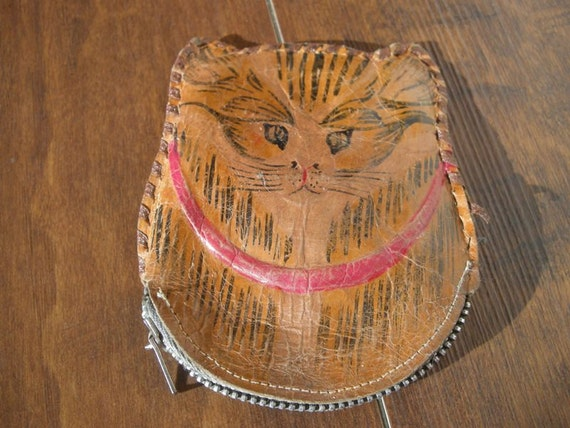 Antique Leather Cat Shape Change Purse Hand Painted Metal Zipper