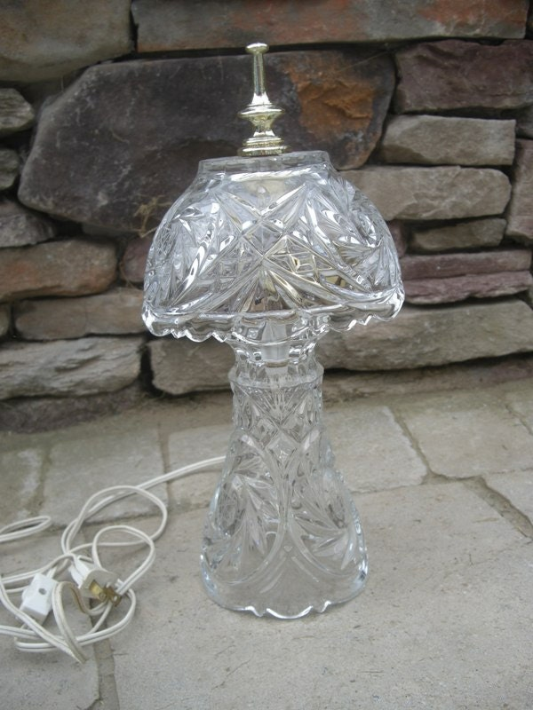 Vintage Lead Crystal Desk Dresser Vanity Night Lamp With