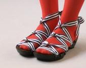 Size 7 - Low Ebony Peeptoe RTW Mohop Shoes