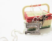 Sewing Machine lover silver singer sewing machine charm necklace