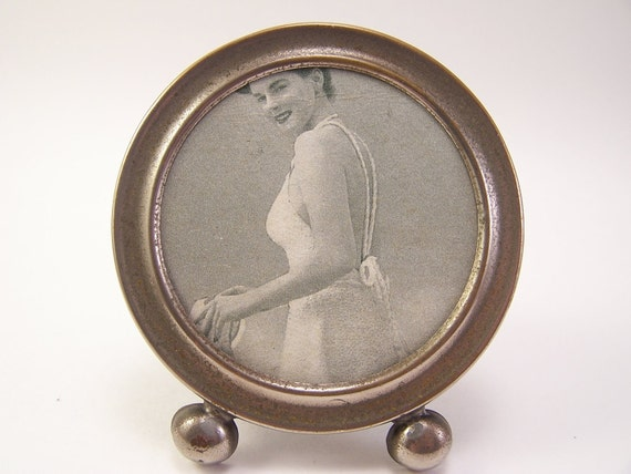 vintage 1960s round photo frame with pin up girl picture frame