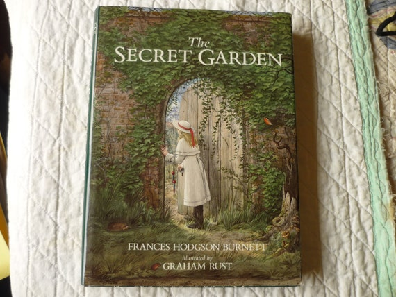 Vintage hardback book The Secret Garden by Frances Hodgson Burnett