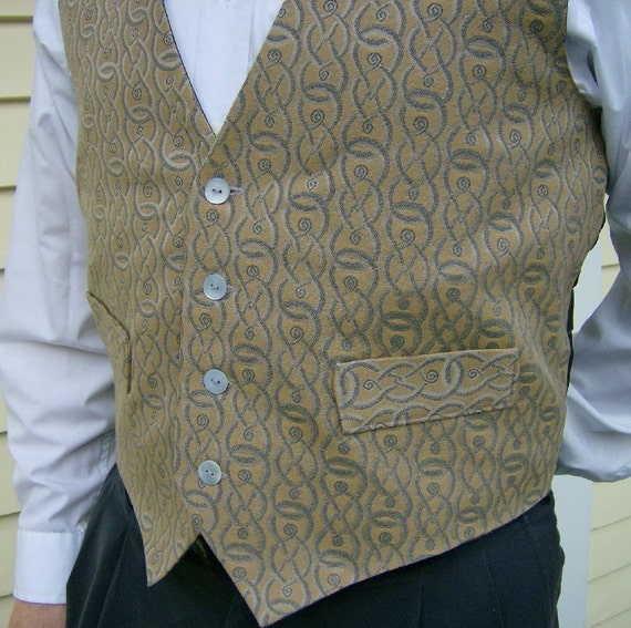 Gold with Gray Interlocking Chains Menswear Fashion Vest - Small
