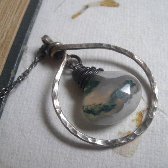 Circular Solar Quartz Necklace
