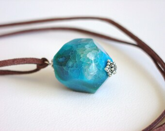 Bright Turquoise Blue Agate Necklace / Blue Stone Neclace / Blue Agate Necklace / Chunky Stone Pendant / Bright Aqua Stone / Over the Head
