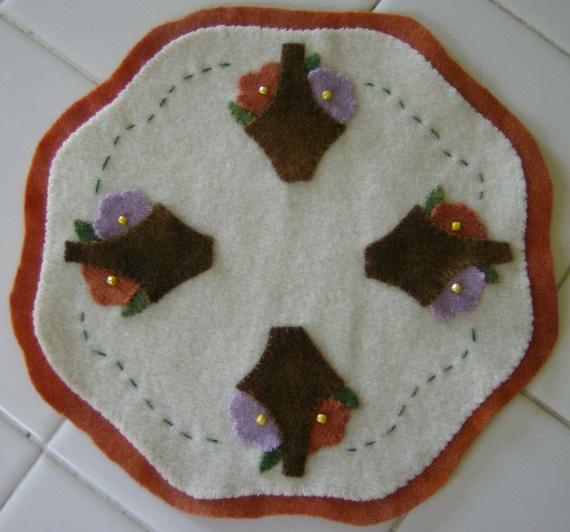 Wool Flower Basket Candle Mat