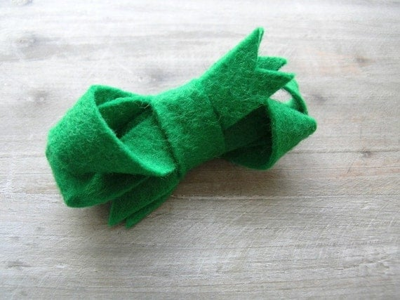 Felt Bow Hair Clip Clover Twisted Bow Clip by OrdinaryMommy on Etsy