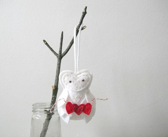 Felt Valentine Owl Ornament // Snow Owl // Red Heart Garland // I Love You Sweet Proposal // Door Hanger by OrdinaryMommy