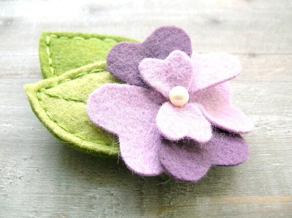 Purple Flower Felt Hair Clip // Pansy Garden // Spring Summer Fashion // Womens Hair Accessory by OrdinaryMommy on Etsy