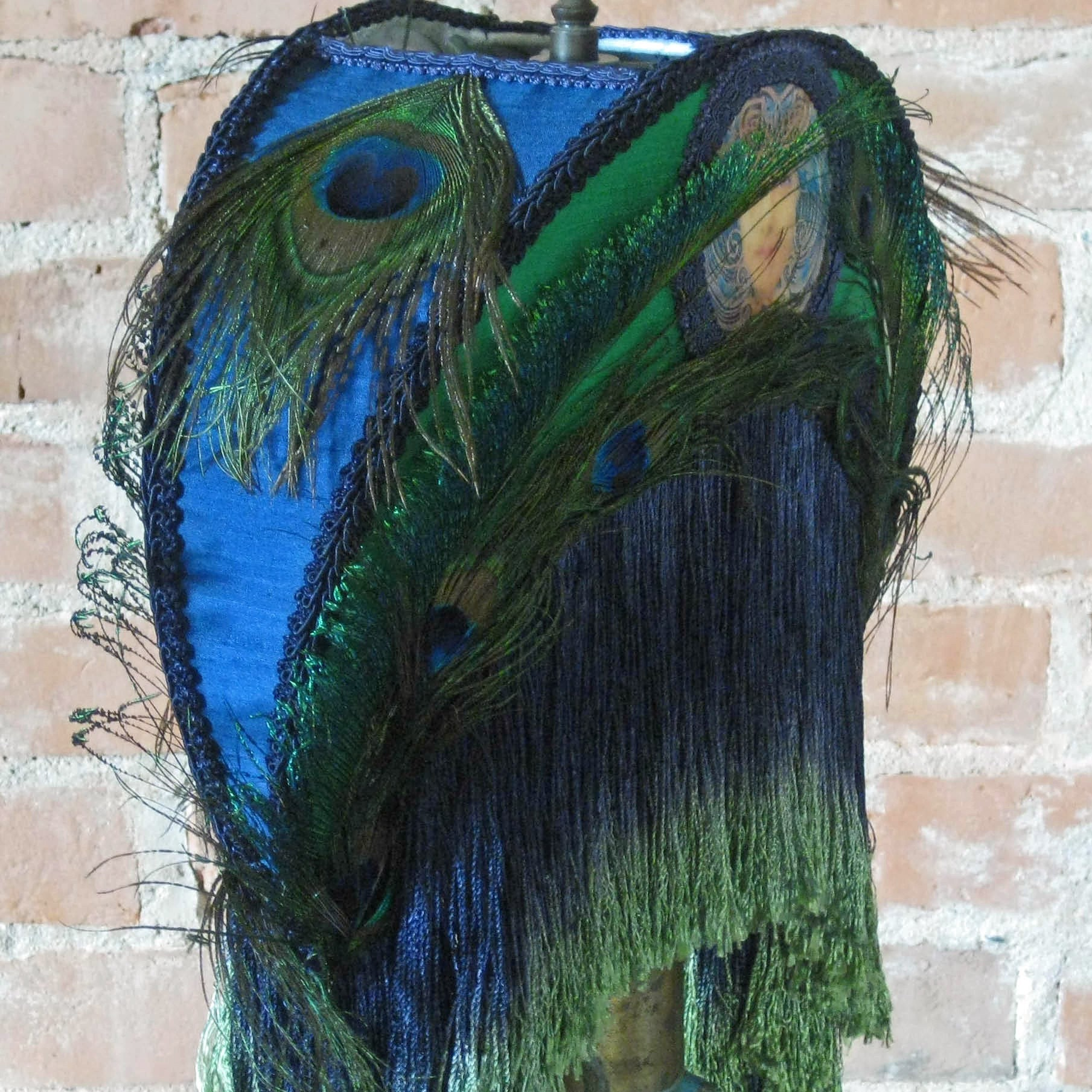 Sale Luxe Matilda Silk Art Nouveau Peacock Cresent Moon Lamp