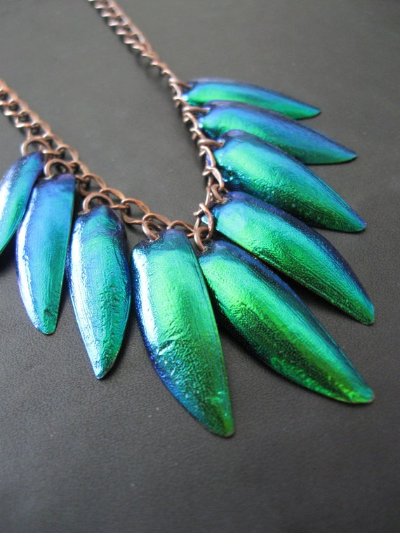 A Short Flight - Thai Jewel Beetle Wing Small Size Fringe Necklace
