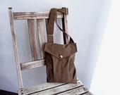 The ENVELOPE bag - in brown