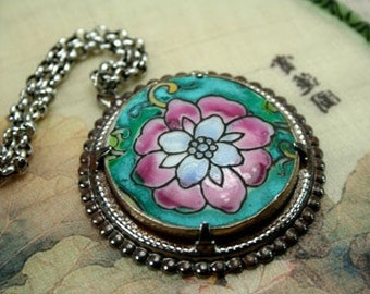 Chinese Ming Qing Style Porcelain Pottery Shard Pendant Necklace