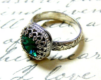 Ana Ring - Vintage Sterling Silver Floral Band Emerald Green Swarovski Crystal Ring with Tiara Crown like bezel