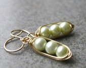 Pea Pod Pearls Earrings, 14K Goldfill, Wire wrapped,Lovely Gift, Fashion Jewelry, Handmade,Unique Gift Ideas