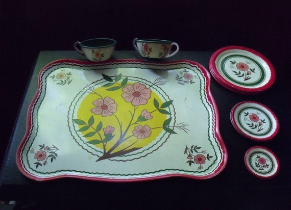 Ohio Art tin lithographed platter and dishes - floral design - very nice condition