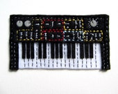 Synthesizer Retro 80s Hand Sewn Felt Fridge Magnet