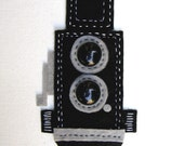 Retro camera twin lens reflex felt fridge magnet hand sewn by moddyboy80