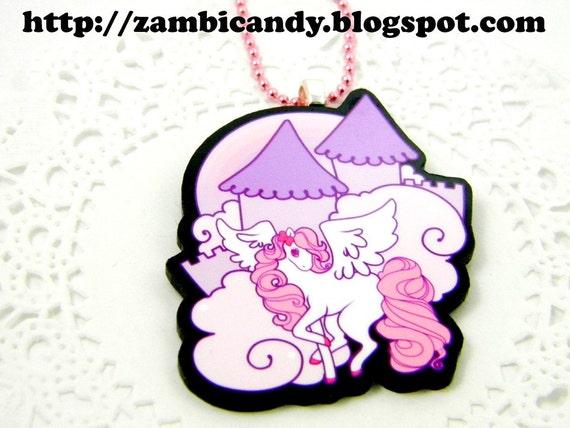 Pegasus land necklace