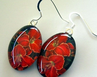 Daylily Earrings Red Yellow Art Glass Mexican Holiday Flowers