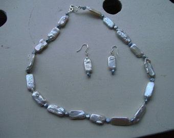 Freshwater pearl set white/blue