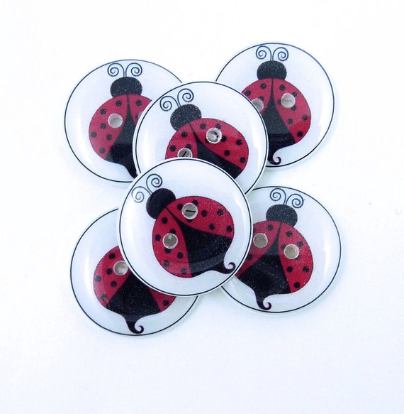 Ladybug Buttons.  Handmade Buttons.  6 Sewing Buttons in a Ladybug or Ladybird design.