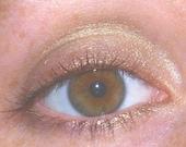 GOLDEN BUBBLE Eyeshadow - Gorgeous Soft Golden Champagne Color - Loose Mineral Makeup - Vegan Friendly - 5g Jar