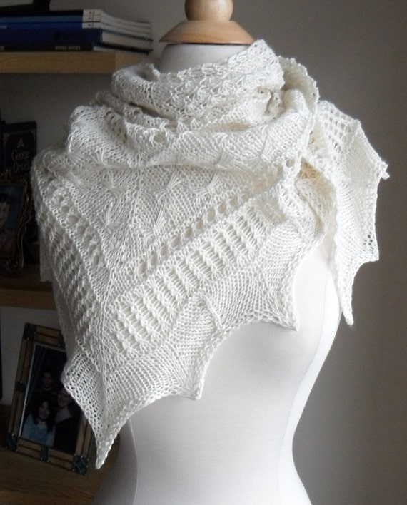 Mirabelle Shawl in ivory silk blend.