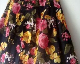 SALE 50% OFF !!  floral Black aline Skirt 8-10