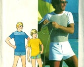 1970s Simplicity 7550 Mens Pullover Top and Swim Shorts Pattern Chest 42 UNCUT Mans Vintage Sewing Pattern - mbchills