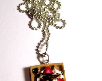 Waffle Necklace With Strawberries And Chocolate