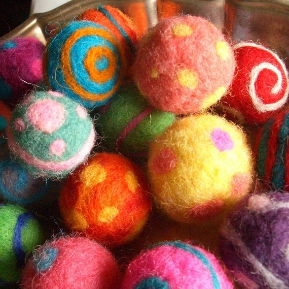 Needle Felted Cat Toy Ball or Bowl Filler