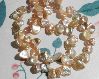 Natural Champegne Keshi Pearls----8to9mmTop Drilled Dancing----20 pieces BRIOLETTE