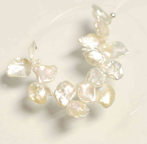 Briolette White Keshi Pearls----9mmTop Drilled Dancing----15 pieces BRIOLETTE Beads------new arrival deal K3001