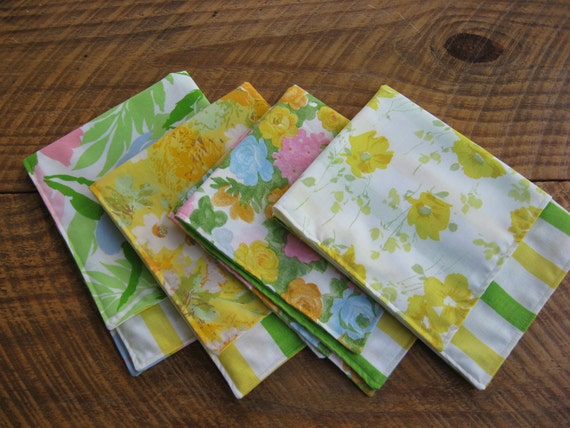 Cloth Napkins Spring Vintage Fabric Set of 4 Yellow Green