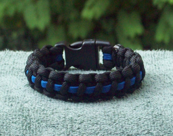 the thin blue line paracord bracelet police. Black Bedroom Furniture Sets. Home Design Ideas