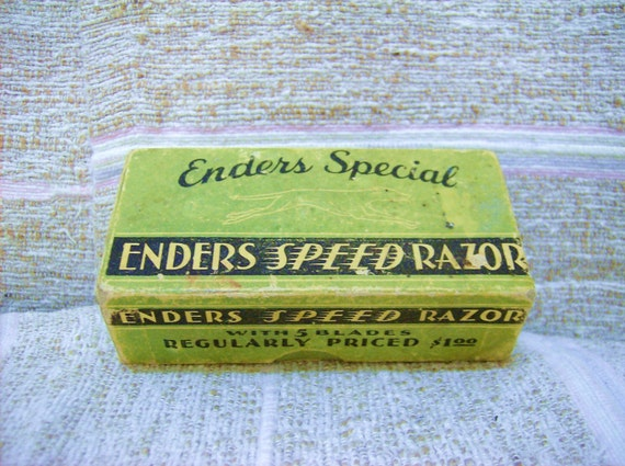 ANTIQUE ENDERS SPEED RAZOR WITH BLADES IN BOX
