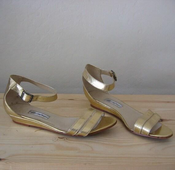 vintage GOLD LEAF leather WEDGE sandals